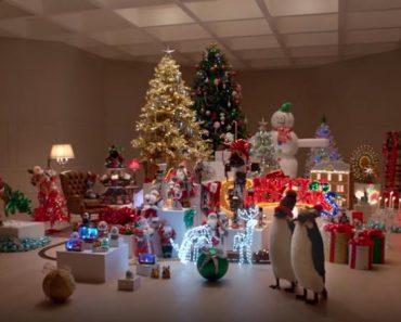 22 Cats Completely Destroy Christmas Wonderland!